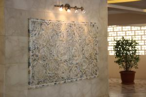 Lights are Important for Enhancing Your Mosaic Pieces