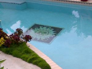 Mosaic Sun for Your Pool